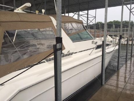 1991 Sea Ray Sundancer 44