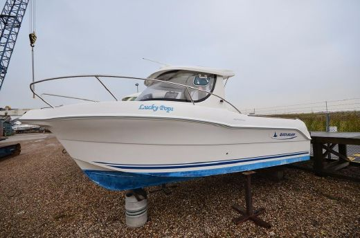 2009 Quicksilver 640 Pilothouse
