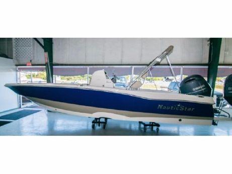2017 Nauticstar 231 Angler
