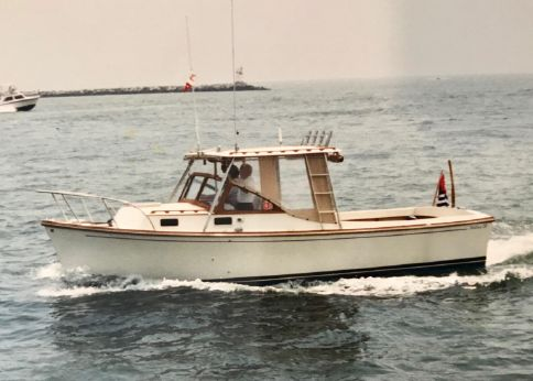 1985 Fortier 26 Bass Boat