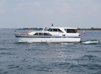 1969 Chris Craft 57 Constellation