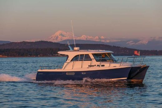 2017 Aspen Power Catamarans C100