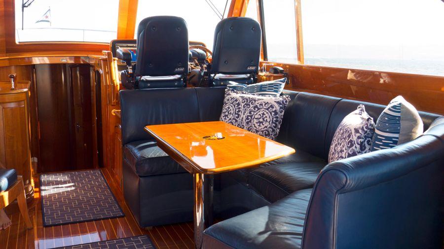 Hinckley Talaria 55 Flybridge U Shaped Dinette