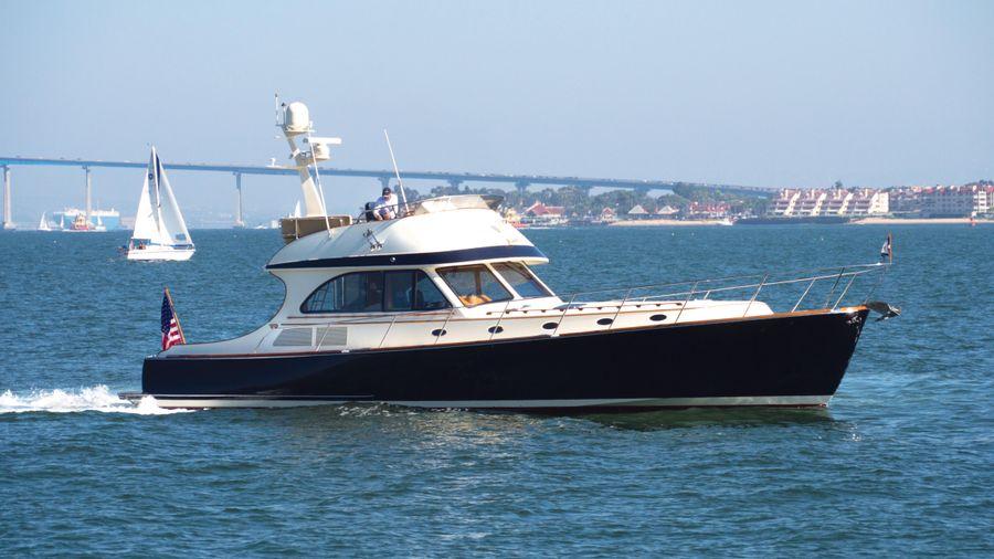 Hinckley 55 Flybridge Yacht for sale in San Diego