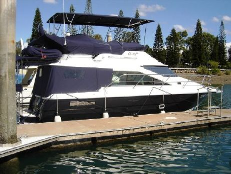 2001 Integrity 37 Flybridge Cruiser