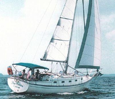1989 Island Packet 35