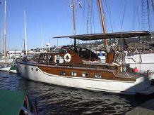 1969 Rampart Motor Yacht