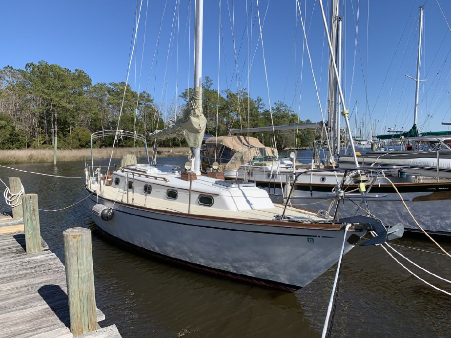 1980 Cape Dory 33 Sail Boat For Sale - www yachtworld com