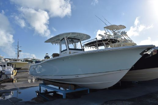 2017 Sea Hunt Gamefish 30