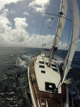 2009 Alliaura Marine Feeling 39 DI