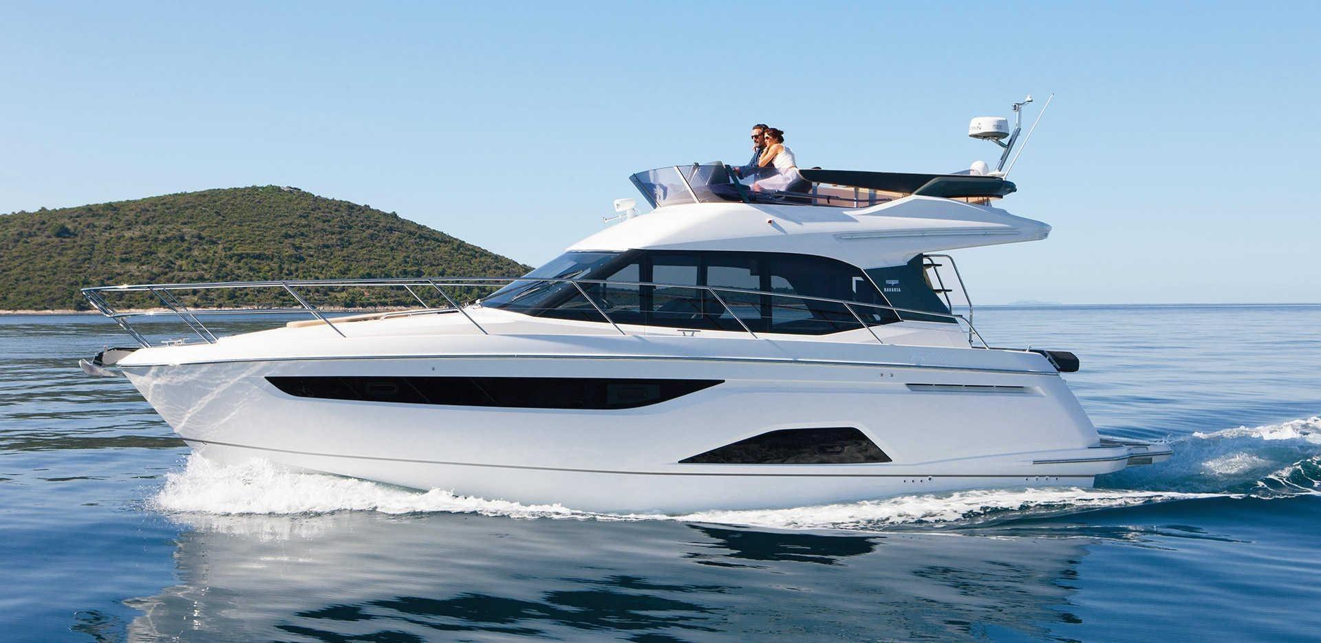 2017 bavaria r40 fly power boat for sale. Black Bedroom Furniture Sets. Home Design Ideas