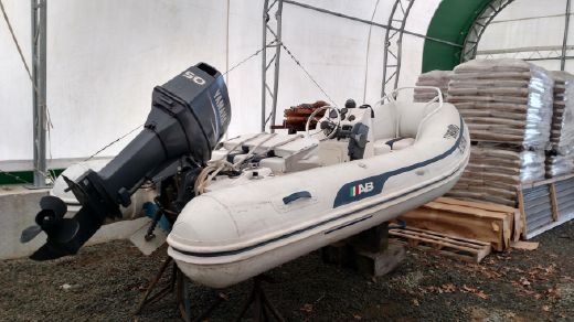 2001 Ab Inflatables Nautilus 12