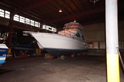 1994 Sea Ray 550 Sedan Bridge