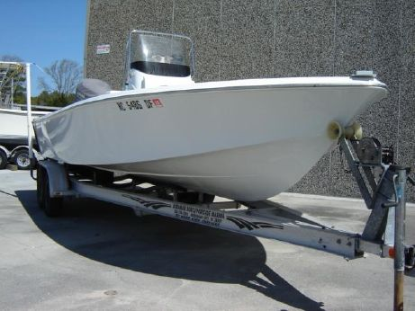 2007 Wellcraft 215 Bay