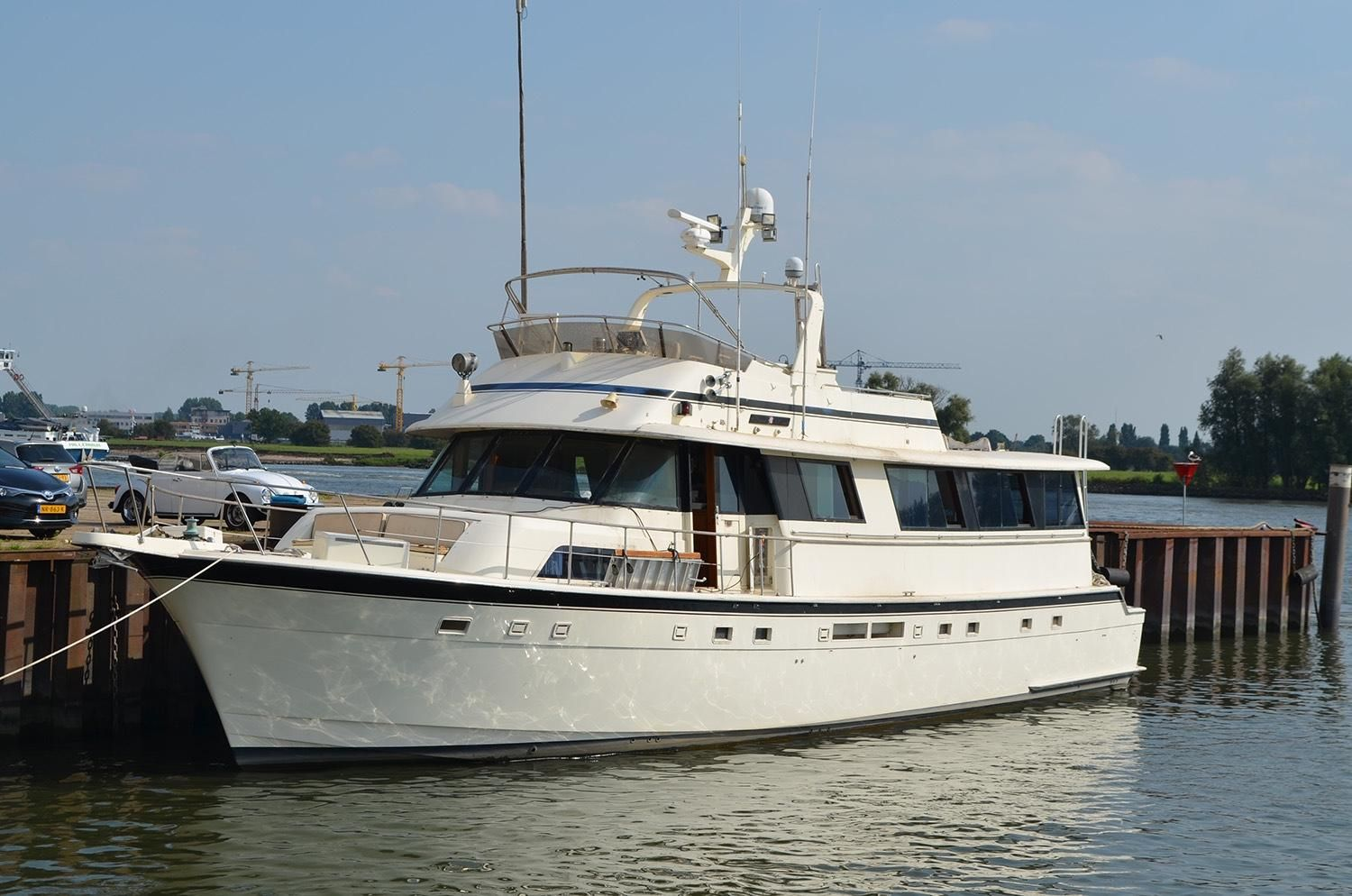1985 hatteras 70 cockpit motor yacht power boat for sale for Hatteras 70 motor yacht
