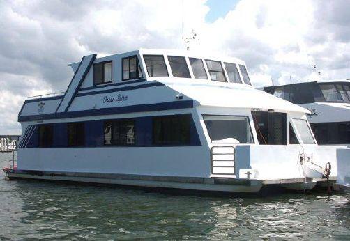 2004 Charter Luxury Houseboat 48'