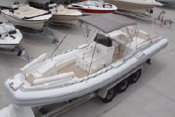 2009 Novurania Launch 750