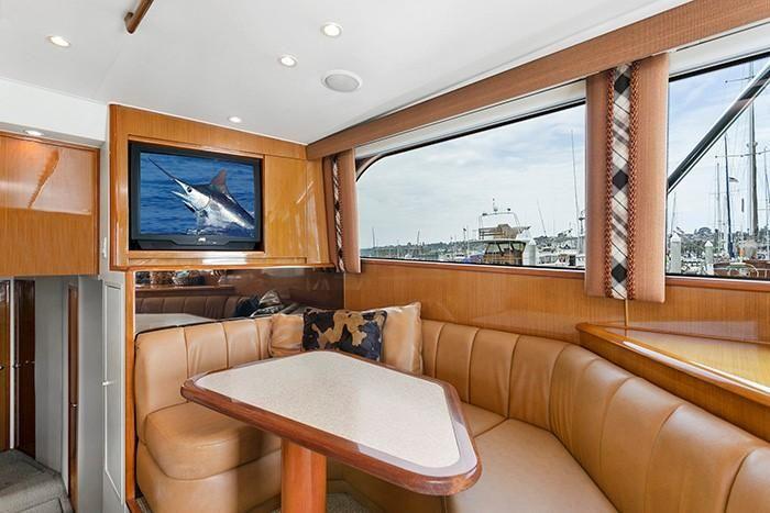 Viking Yachts 55 Convertible Salon Settee