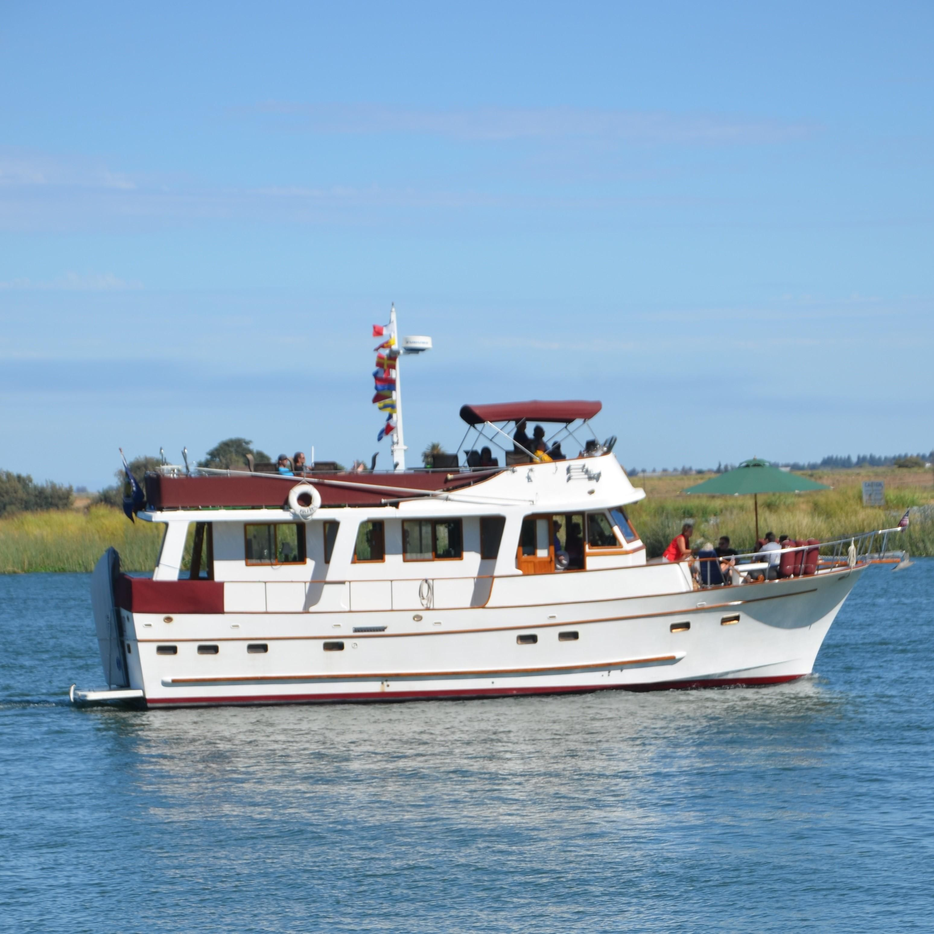 Northern Illinois Marine Dealer: 1981 Marine Trader 50 Trawler Power Boat For Sale