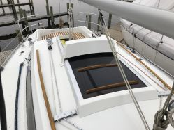 photo of  30' Beneteau First 305