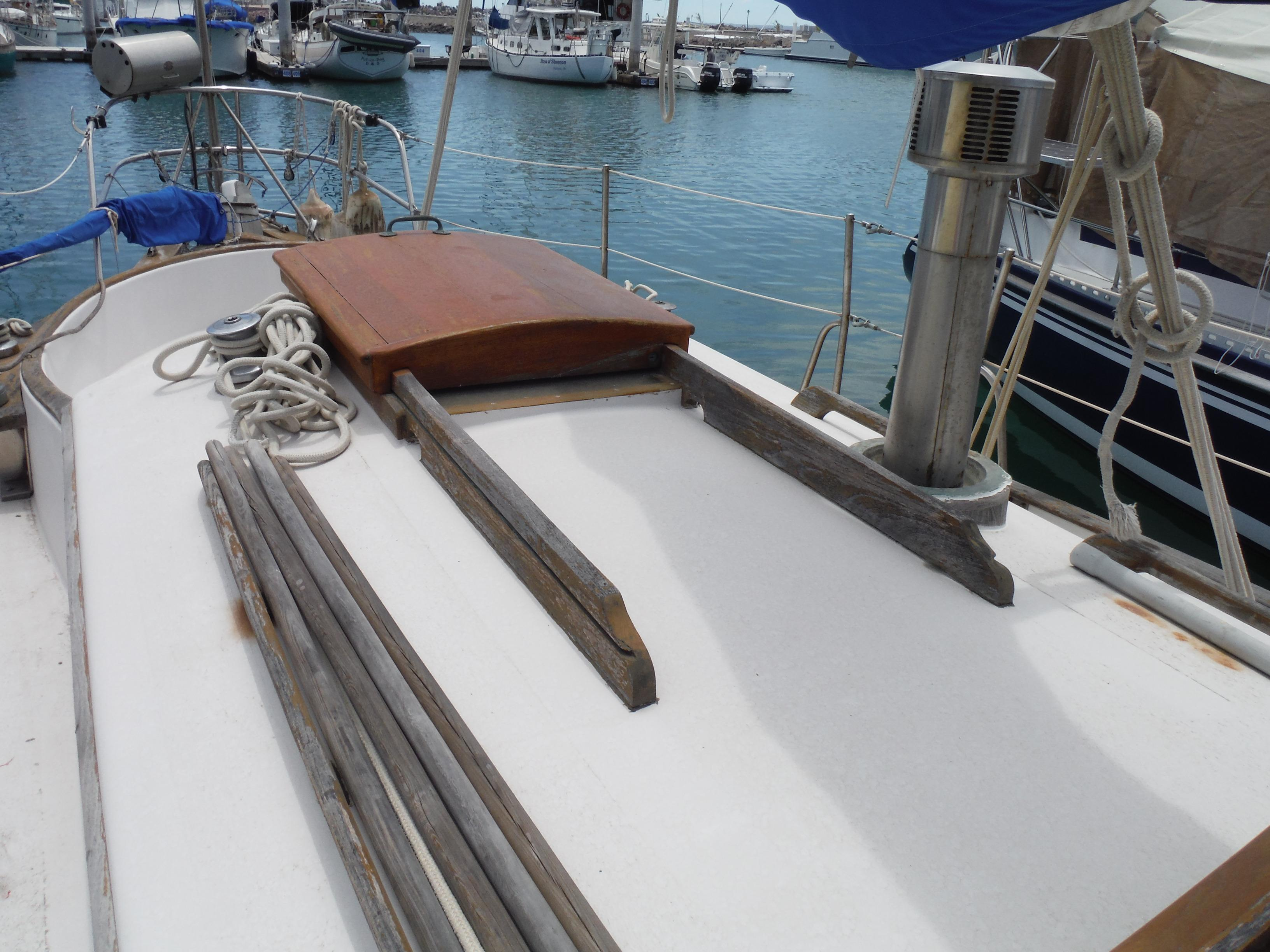 34' Noon Ocean 34 Cutter+Photo 11