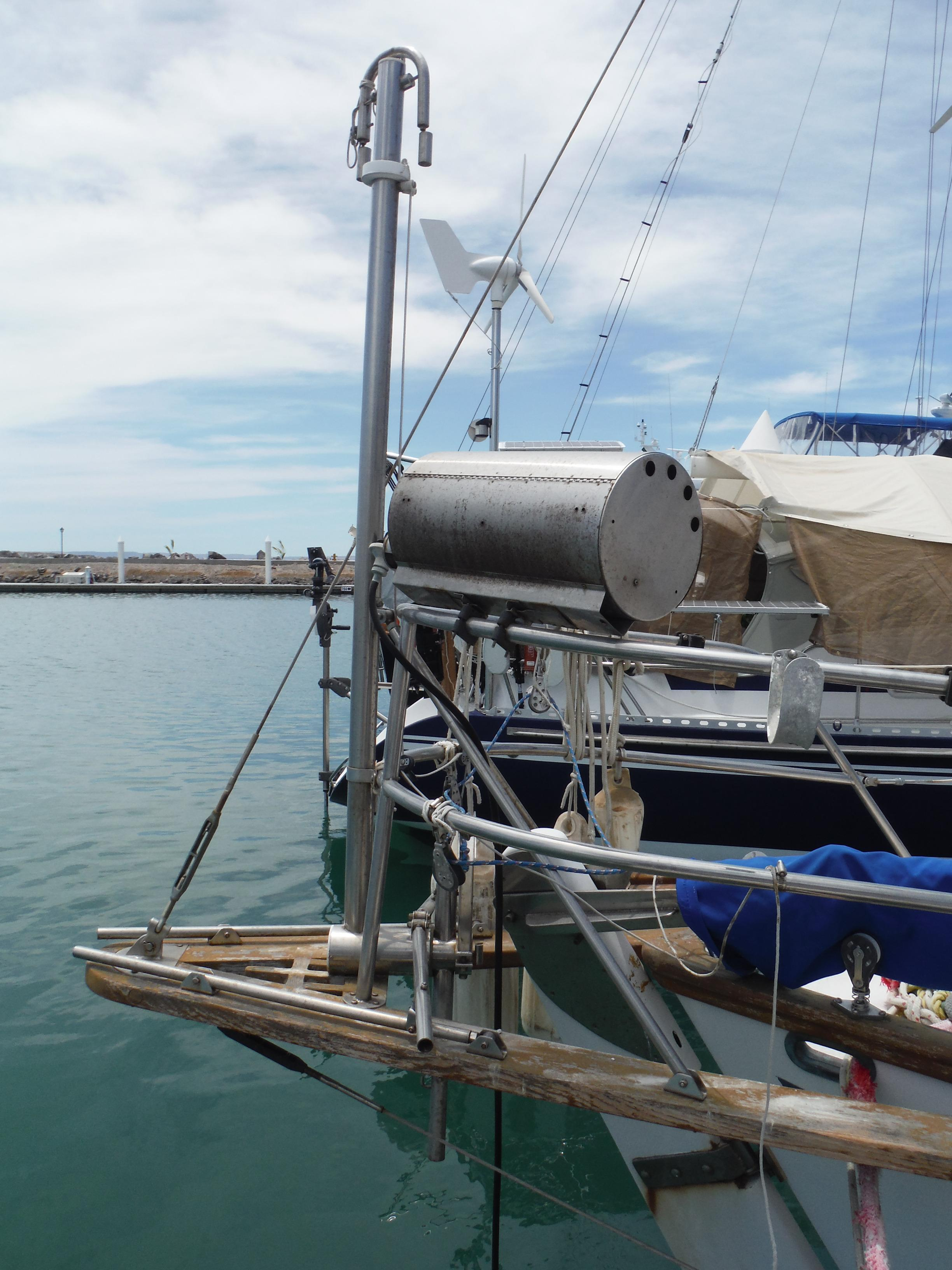 34' Noon Ocean 34 Cutter+Photo 15