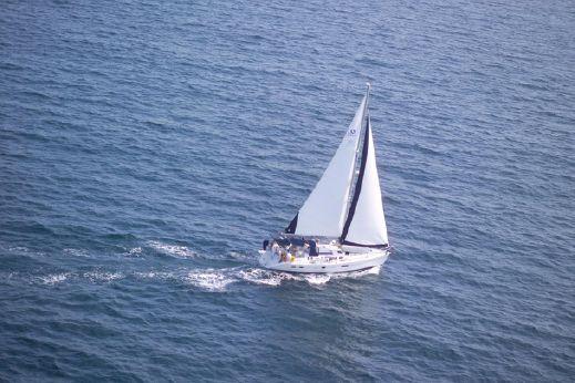 2003 Hunter 410