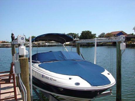 2008 Sea Ray Sun Deck 200