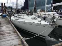 1987 Beneteau First 375