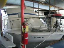 1978 Chris-Craft 331 Corinthian