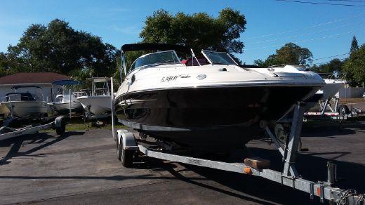 2007 Sea Ray 240 Sundeck