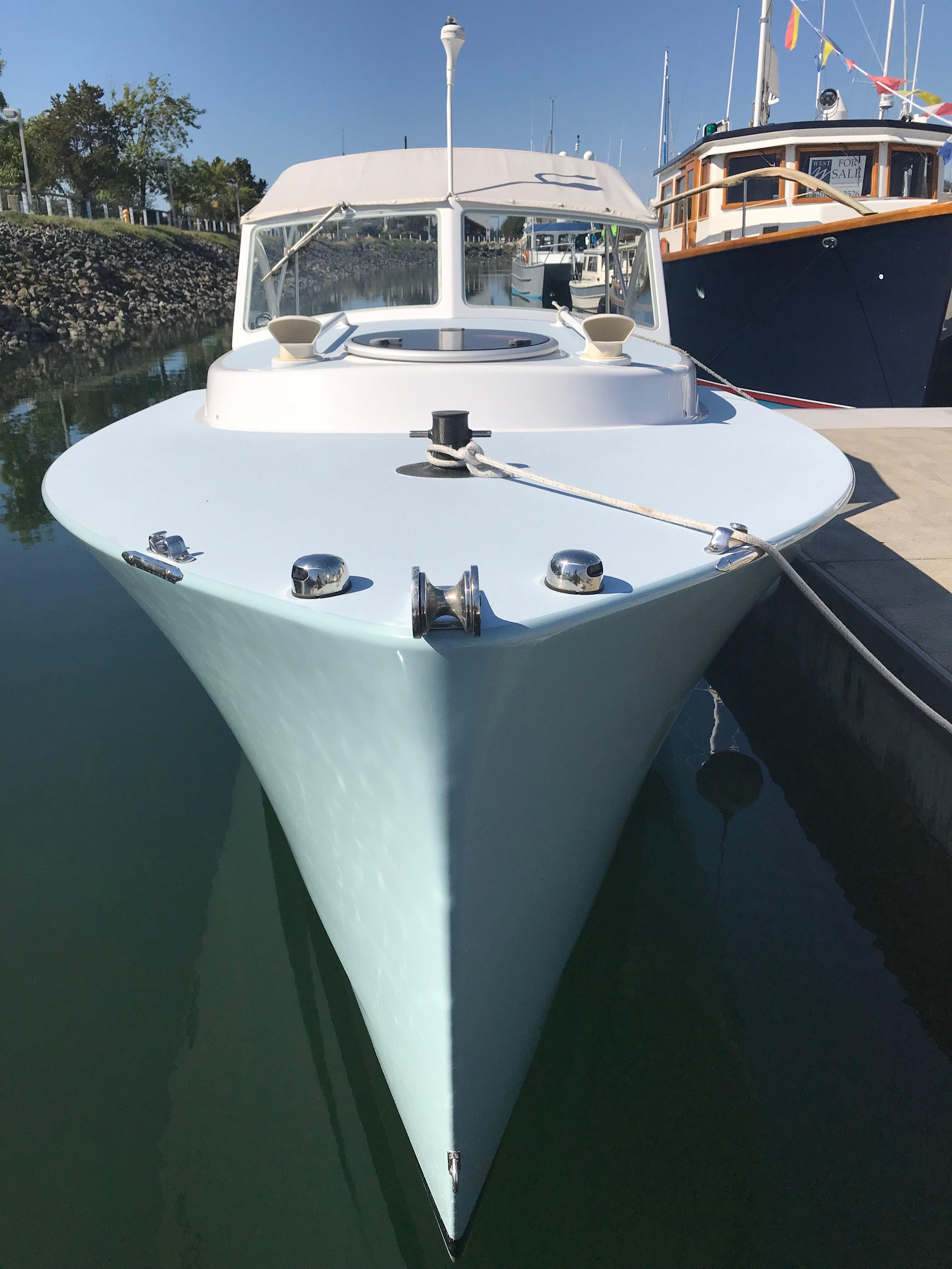 2005 ShearWater 25 Cabin Cruiser Power Boat For Sale - www.yachtworld.com