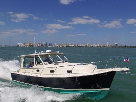 2008 Mainship 34 Pilot Sedan