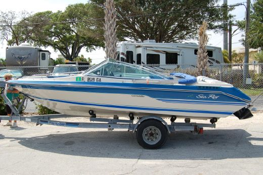1988 Sea Ray Seville 18 Bow Rider