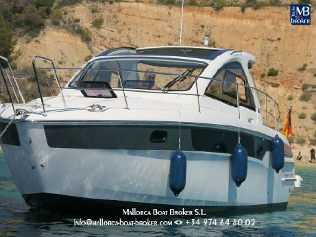 2013 Bavaria Motor Boats Sport 35 HT