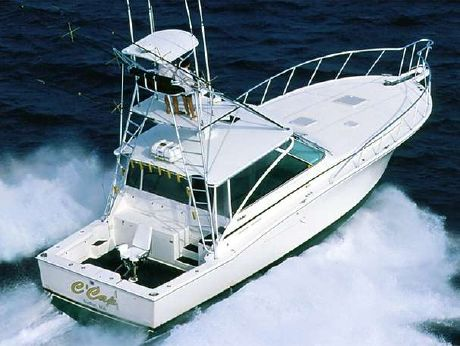 2005 Cabo 45 Express