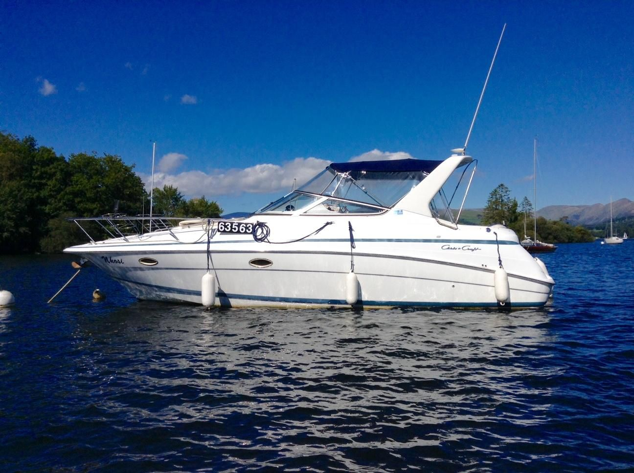 1999 chris craft 320 express cruiser power new and used for Chris craft cruiser for sale