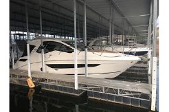 2017 Sea Ray Sundancer 350 Coupe