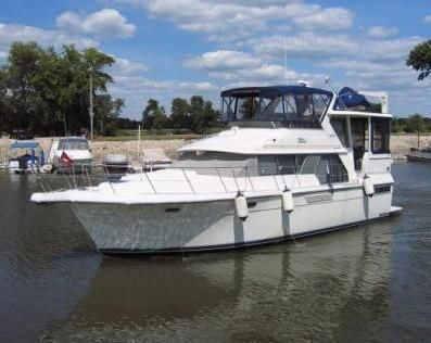 1995 carver 440 aft cabin motor yacht power boat for sale for Carver aft cabin motor yacht