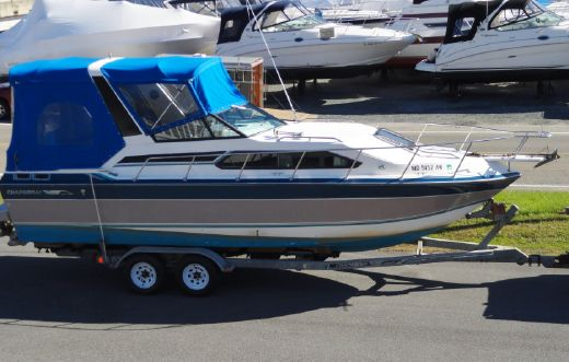 1990 Chaparral 27 Signature