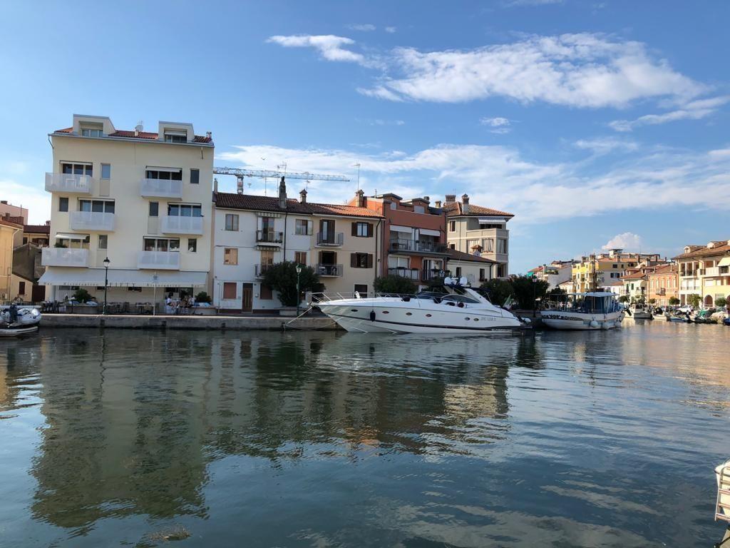 Cucina Ciliegio E Panna 2000 sunseeker predator 56 express cruiser for sale - yachtworld