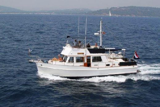 2005 Grand Banks 42 Classic