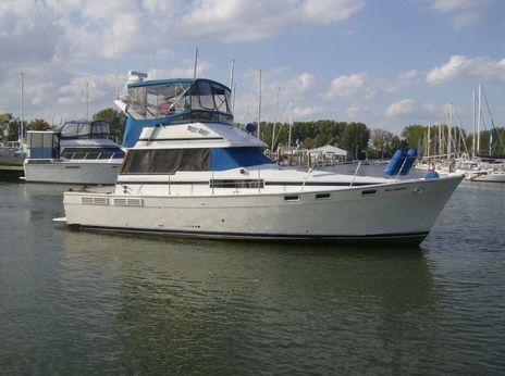 1989 Bayliner Motor Yacht