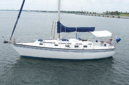 1984 Endeavour Sloop