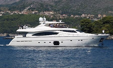2007 Ferretti Yachts 881 HT