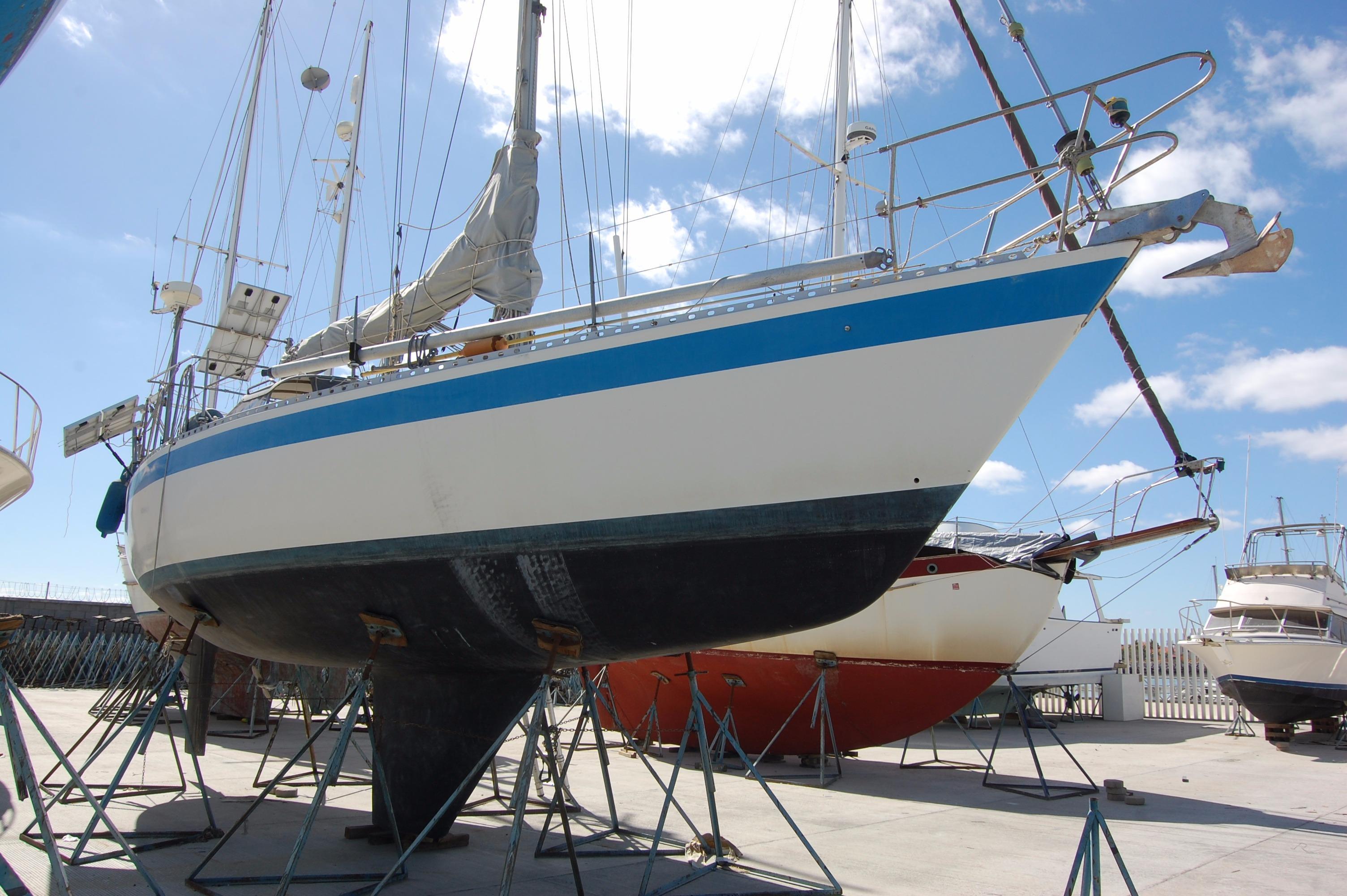 35' Wauquiez Pretorien+Boat for sale!