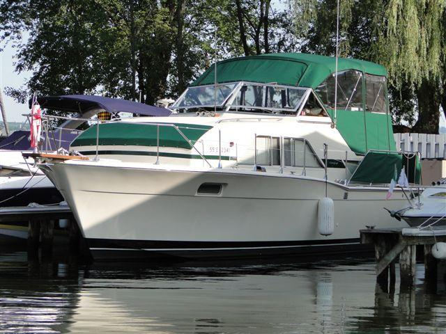 35 ft 1974 chris craft 35 double cabin
