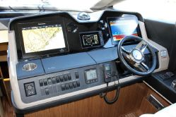 photo of  Sea Ray L590