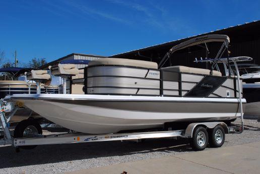 2017 Hurricane FunDeck 236F OB Deck Boat