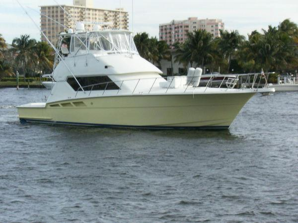 Used 50' Hatteras yacht for sale